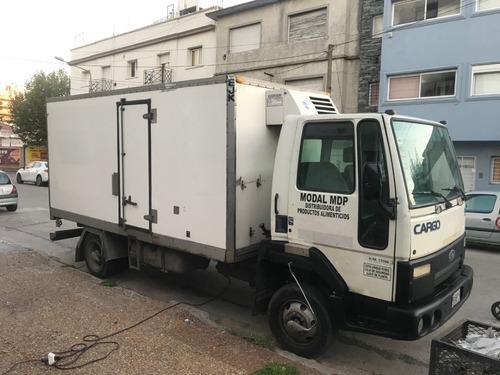 Camion Ford Cargo 915e 2007