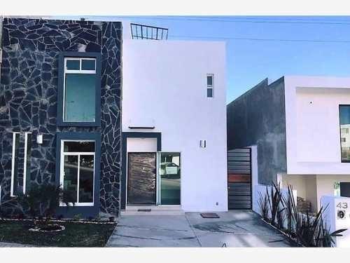 Casa Sola En Renta Fracc. Punta Esmeralda