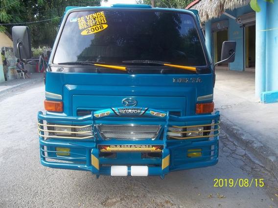 Daihatsu Delta Año 2008 Excelentes Condiciones 809-391-8895.