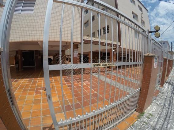 Apartamento De 01 Dormitório Na Praia Grande/sp Ref: 806