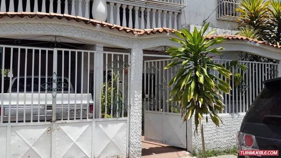 Casas En Venta-23de Enero/ Auristel R. 04243174616