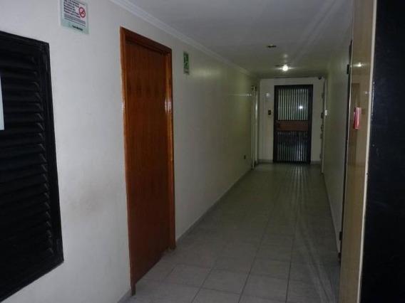 Venta Oficina De 50mts2 T.las Delicias Maracay Gbf20-12930