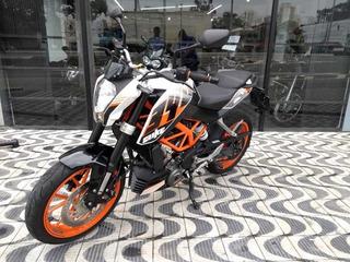 Ktm Duke 390 Branca/laranja 2017