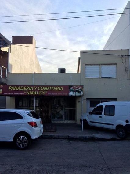 Local En Venta En 158/14 Y 15 Berisso - Alberto Dacal Propiedades