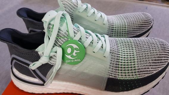 Ultraboost adidas. Tênis Running