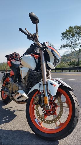 Motocicleta Vento Hyper 280