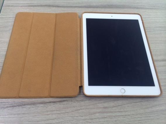Tablet iPad Air 2 A1567 128gb Com Capa, Dourado Estado Novo