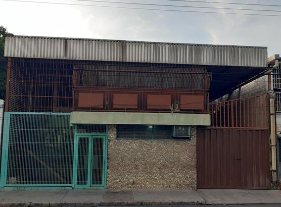 Yn Casa Con Galpón En Santa Rosa Maracay