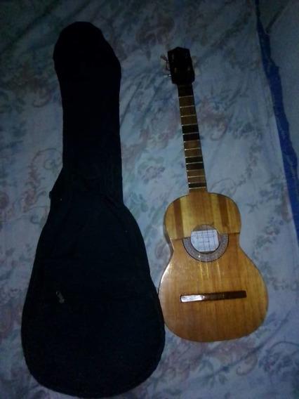 Guitarra Cuatro