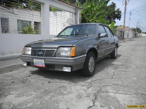 Chevrolet Monza 1.8