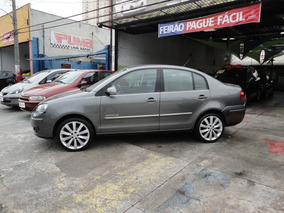 Volkswagen Polo Sedan 1.6 Vht Comfortline Total Flex I-motio