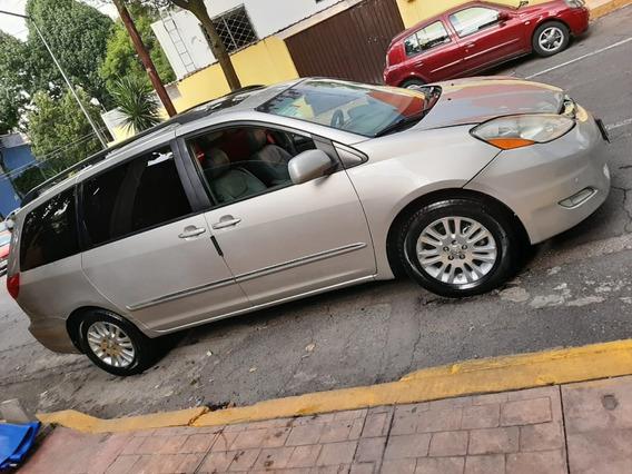 Toyota Sienna Limited Fac. Agencia