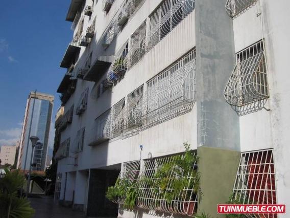 Apartamento En Venta Urb Base Aragua Codigo 19-7386 Mv
