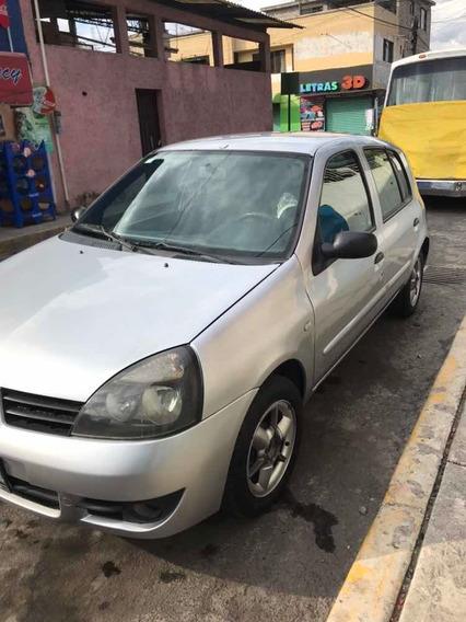 Renault Clio Estándar