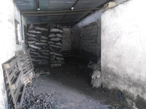 Galpon En Venta La Piedad Sur 19-19841