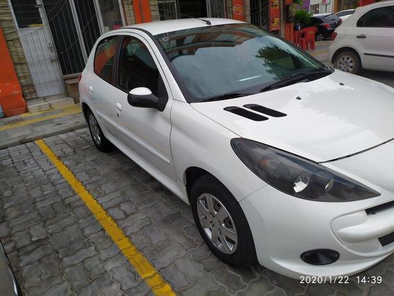 Peugeot 207 1.4 Active Flex 4p 2015
