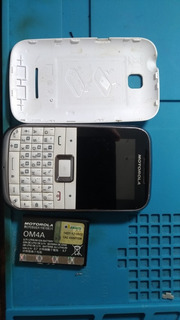 Celular Motorola Motokey Mini Ex108 Com Detalhe