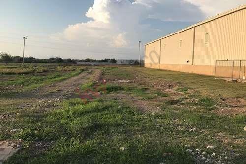 Terreno En Poligono Industrial Centagry A Solo 14 Km De Culiacan En La Mejor Zona Agricola Del Valle.