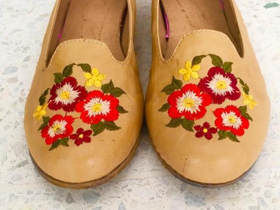 Balerinas Chatitas Color Suela Con Flores Bordadas