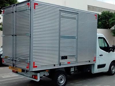 Agrega-se Iveco Baú Com Até 3 Mil Kg Em Transportadora
