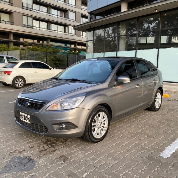 Ford Focus Li 2.0 Ghia Mt