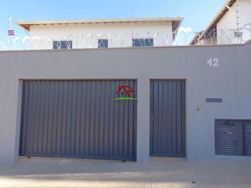 Casa Em São Benedito, 2 Dormitórios, 1 Vaga - 2441