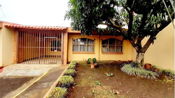 Oportunidad Casa De Una Planta En Guadalupe Centro