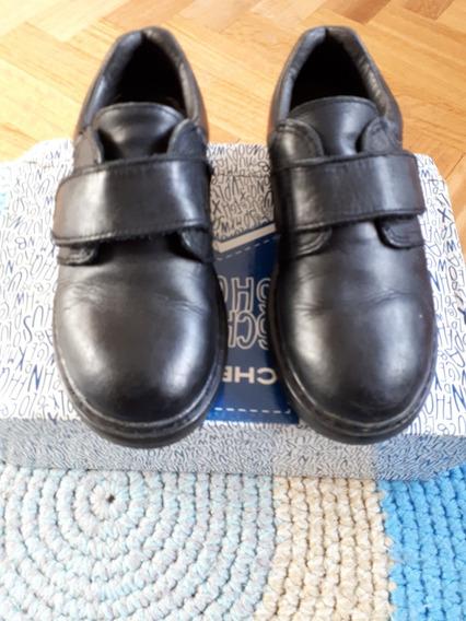 Zapato Niño Colegial Con Abrojo Cheeky Talle 32