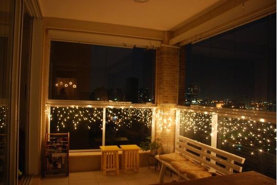 Cascata 200 Leds 127v Luz Fixa Branco Quente / Amarela Natal Decoração Festa 5m Com Plugue De Emenda