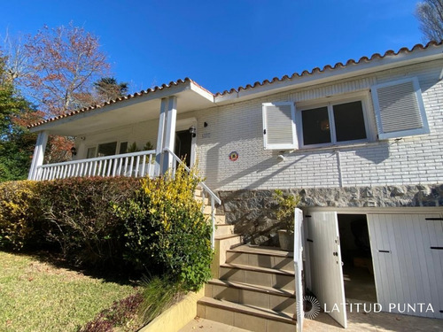 Casa En Golf Punta Del Este- Ref: 1424