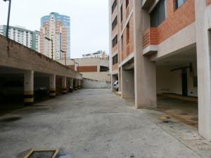 Apartamento En Venta En Los Mangos Valencia 19-10895 Valgo