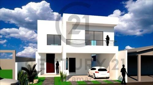 Pre-venta De Casa Residencial Nueva, Col. Estadio 33, Ciudad Madero, Tamaulipas.
