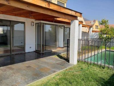 Facilidades De Pago Alto Macul / Linda Casa 4d Y 3b / Terraza, Lo Cañas - Alto Macul, La Florida