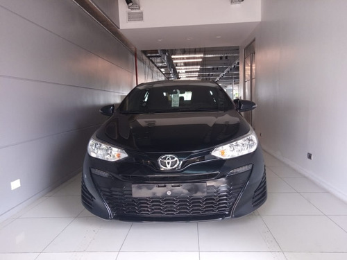 Toyota Yaris Xs Mt Hatchback