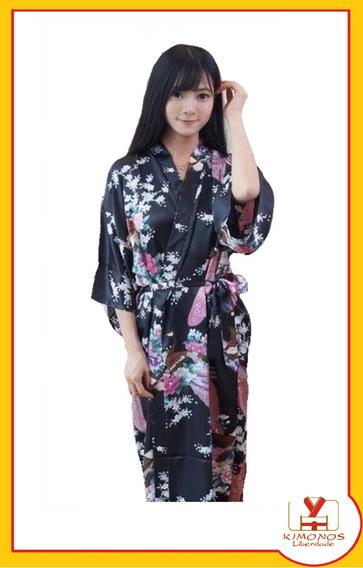 Kimono De Cetim Longo Preto Estampa De Pavão