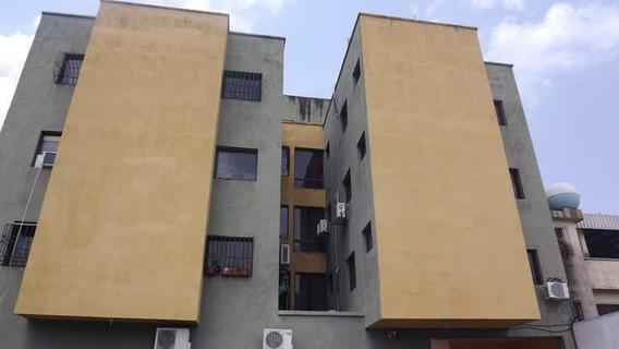 En Venta Apartamento Acarigua 20-17216