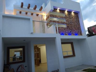 Hermosa Casa Nueva Y Amplia