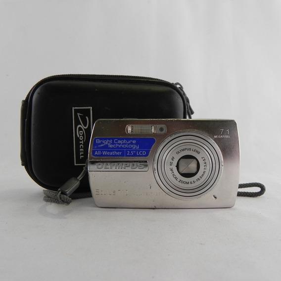 Câmera Olympus 7.1 Megapixel Stylus 710 Zoom 3x Óptico