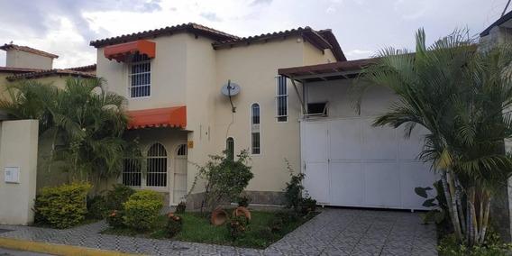 Casa Townhouse Urb.la Providencia 19-20253 Dyfc