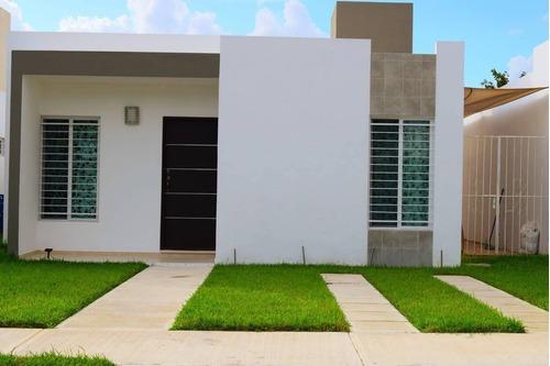 Casa En Renta Calle 80-c, Ciudad Caucel