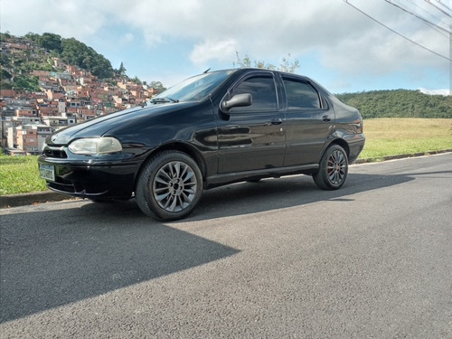 Fiat Siena 2000 1.0 6 Marchas 4p