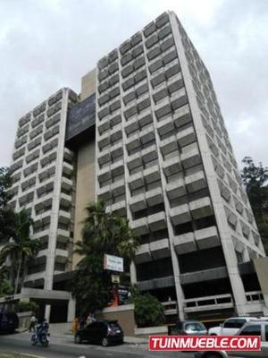 Oficinas En Venta Santa Paula 17-11147