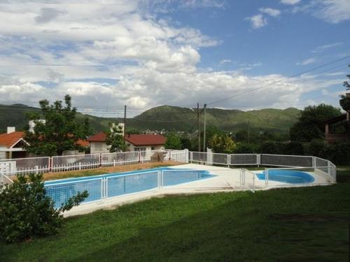 Imagen 1 de 8 de Vendo 4 Departamentos Con Piscina En Villa Carlos Paz
