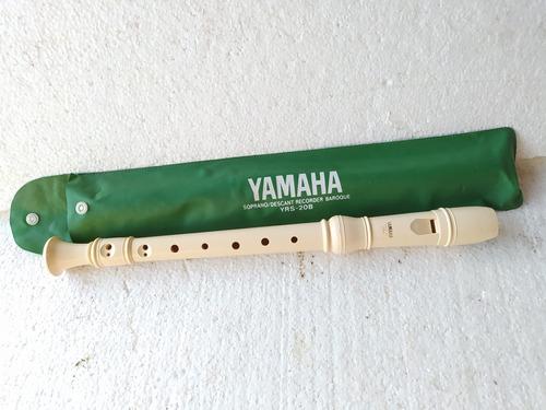 Imagen 1 de 3 de Flauta Yamaha Soprano (b)