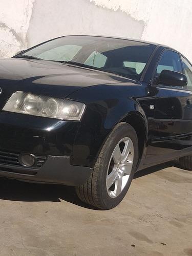 Imagem 1 de 12 de Audi A4 2003 2.0 Multitronic 4p