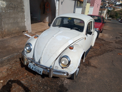 Fusca Volkswagen  1300 Gradinha Antigo