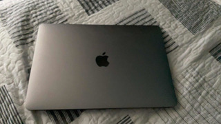 Macbook 2017 I5 2.3ghz 8gb 256 Ram