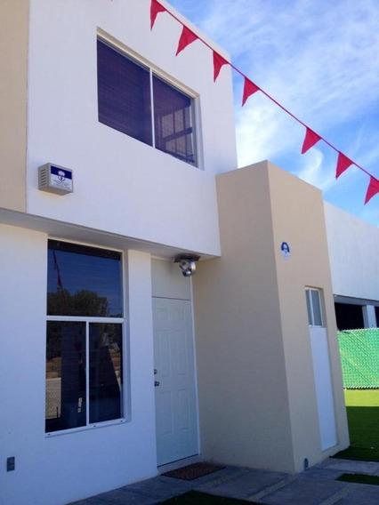 Casa A Solo 900 ,000 En Silao, Infonavit, Isseg, Bancario