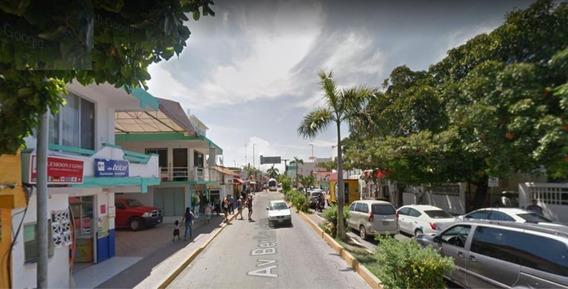 Terreno Zona Comercial Centro Playa Del Carmen Con Loc. Com.
