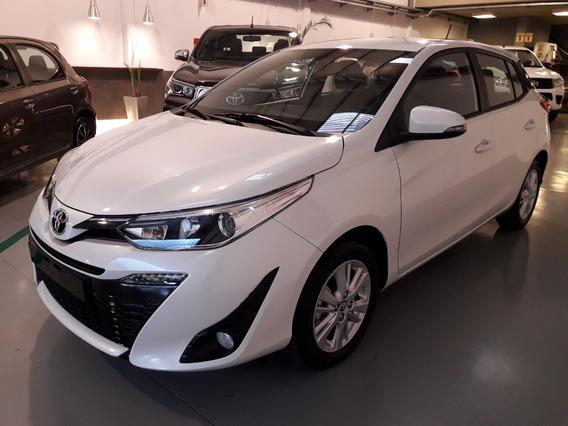 Toyota Yaris Xls 1.5 6m/t 5p (2020)